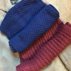 Two infinity scarves/blue and pink